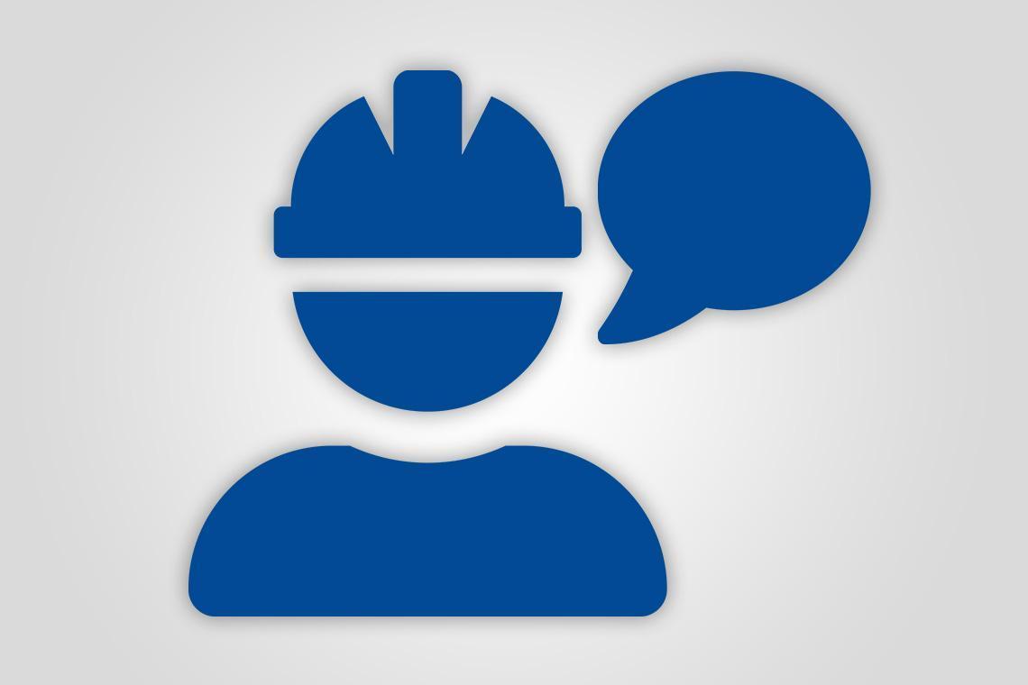 Blaues Icon zeigt Sicherheitstechniker mit einer Sprechblase.